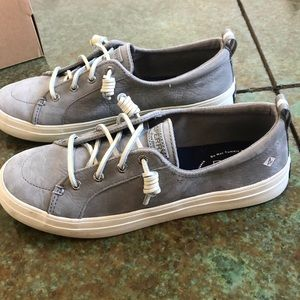 Sperry crest vibe sneakers, grey, size 8